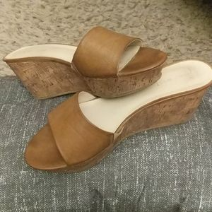 NINE West wedge sandals size 8M